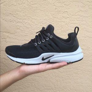 Nike Air Presto Size 9 Grey